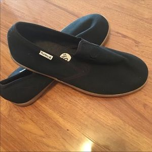 Men's 10,5  Hurley Slip On Shoes
